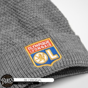 Rules pletena kapa sa vezom logoa po zahtevu klijenta
