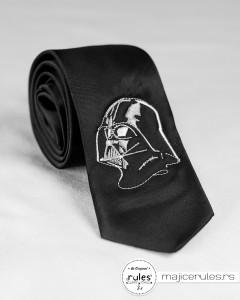 Kravata sa vezom po ideji kupca